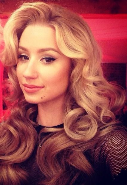 Iggy Azalea hair and make up perfection clean neat flawless I WANT THIS HAIR!!!