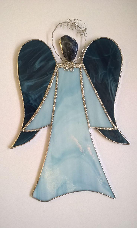 Blue stained glass angel modrý tiffany anděl