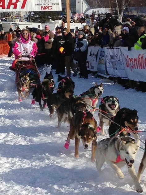 Lance Mackey leads at halfway point of Iditarod | A well, The o ...