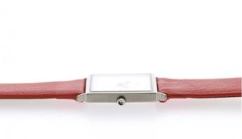 Reloj rojo. http://www.tutunca.es/watchcelona