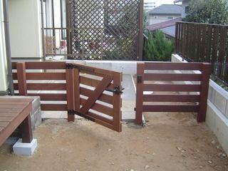 ウッドフェンス ウッド門扉 ウッドデッキ(濡れ縁) - ウッドデッキ・エコアコールウッド愛知(名古屋)の丸八。  全てのハードウッドの木製エクステリア設計施工