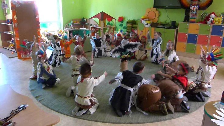 Taniec indiański- Przedszkole Samorządowe w Strykowie