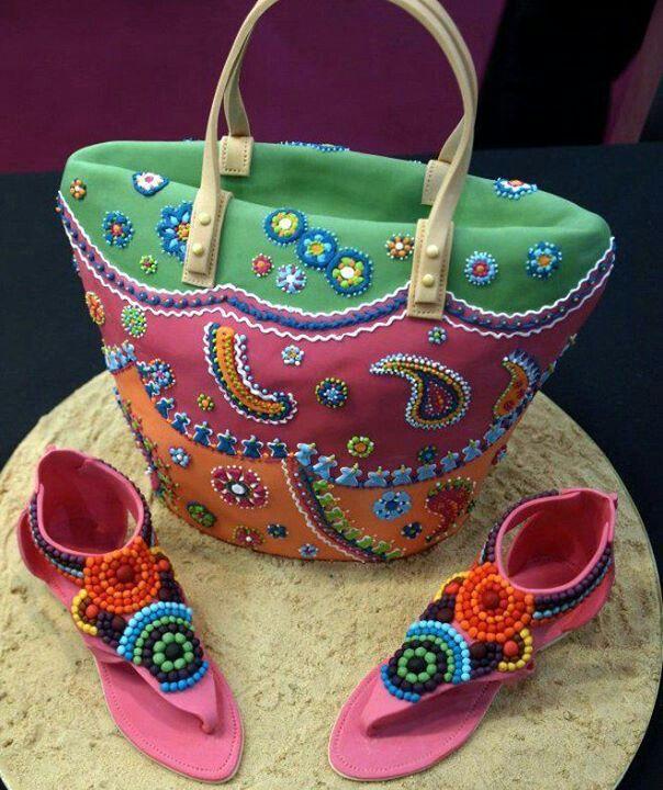 Beach bag & sandals cake