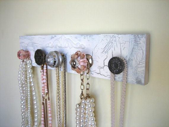 Necklace holder w/assorted drawer pulls - Think I'll make one.