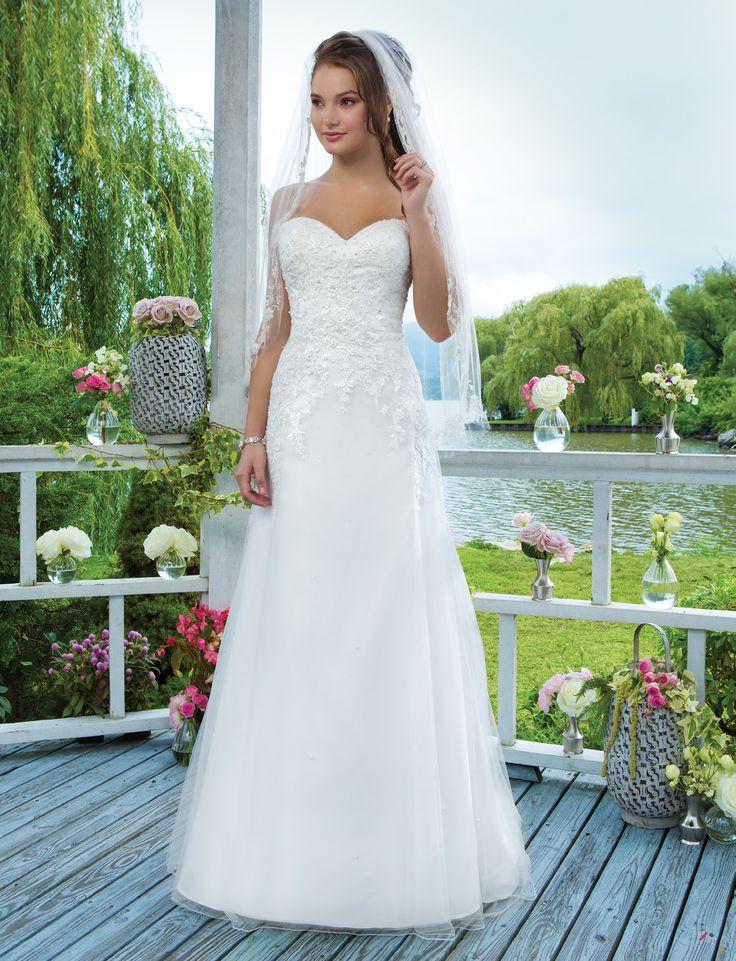 Svadobné šaty Svadobný salon Valery, korzetové svadobné šaty, sincerity, biele svadobné šaty