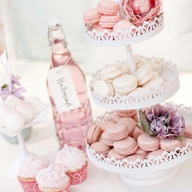 dukning bröllop färgtema rosa - Sök på Google