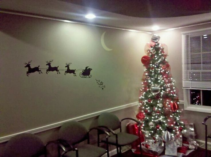 11 best DeAngelo Orthodontic office Christmas decorations 2010 ...