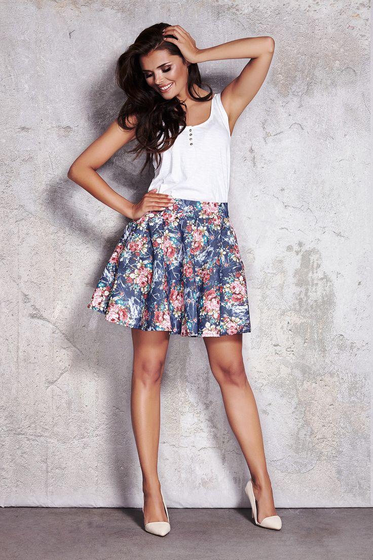Skirt with flowers #skirt #flower #fashion #summer