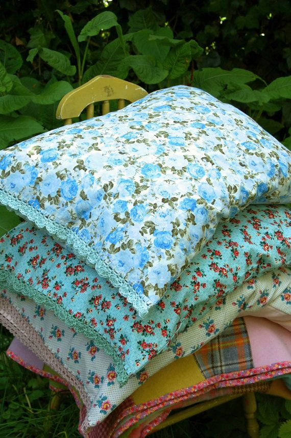 pillowcase with crochet trim Sky Blue Rose by rosehip on Etsy & 228 best P I L L O W S * C A S E S images on Pinterest | Sewing ... pillowsntoast.com