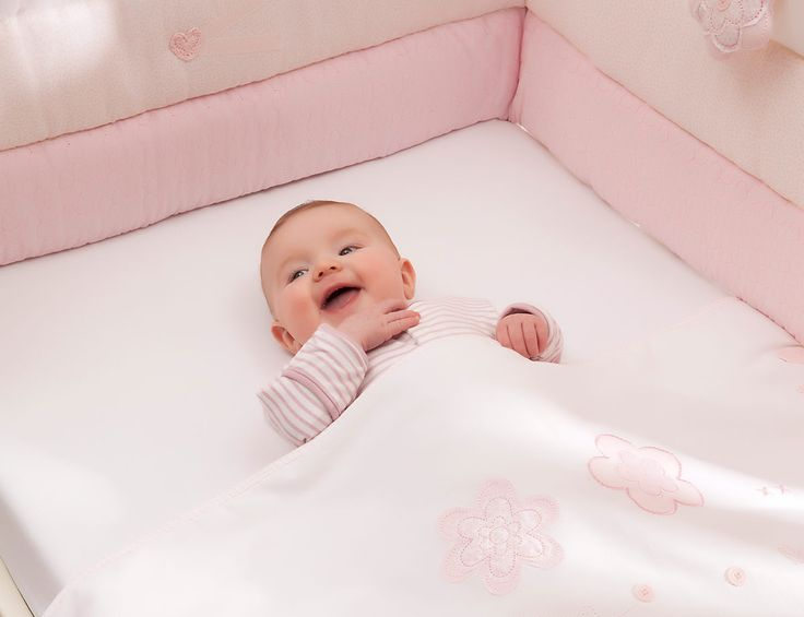 vintage pink cot bumper from silver cross buy online from a trusted british brand and give your baby the best start in life