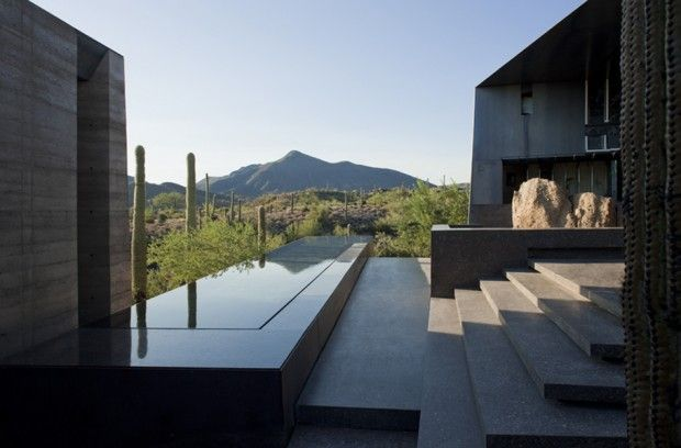 Desert Courtyard House par Wendell Burnette Architects - Journal du Design
