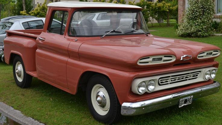 Chevrolet Apache 1961 totalmente restaurada. Hecha a nueva. Impecable. Una belleza.  http://www.arcar.org/autosantiguos.aspx?qmo=apache