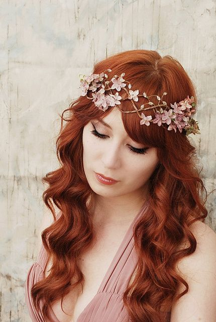 twisted floral crown with loose hair