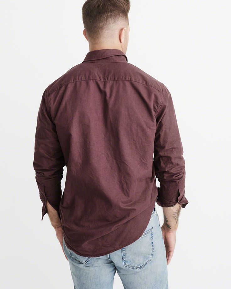 A&F Men's Oxford Shirt in Burgundy - Size XL