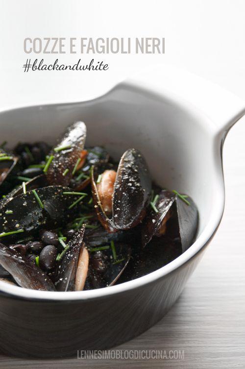 Una zuppetta di cozze giocata sui contrasti di bianco e nero, con fagioli neri, soia e zenzero fresco. Primo, secondo o piatto unico? Tutti e tre!