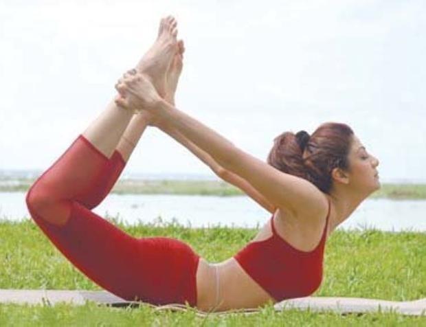 Indian actress, Shilpa Shetty doing Yoga...