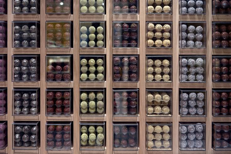 http://www.leclairdegenie.com/chocolats