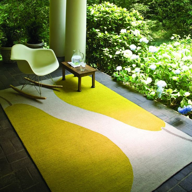 A bright and bold outdoor rug, the Grant Au Pear Rug from Jaipur features a larger than life pair of pop art pears. http://www.yliving.com/blog/top-5-modern-outdoor-rugs/