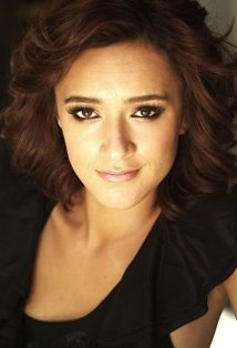 Keisha Castle-Hughes' performance in The Whale Rider is riveting.  I enjoyed her performance in The Nativity Story as well.  Looking forward to enjoying more of her work.  I have some catching up to do... and she's making more films.  Glad to see that.