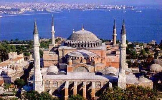 Paste in KUSADASI - ISTANBUL 8 zile (18-25.04)