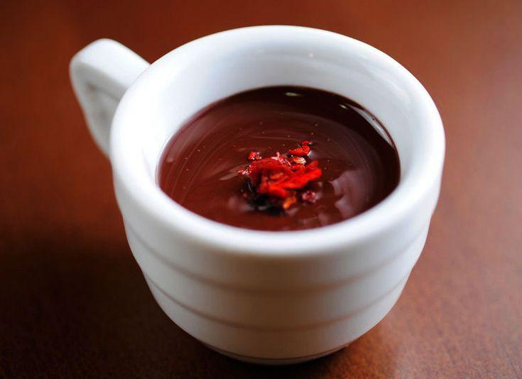 Горячий шоколад «Утро Монтесумы» с чили