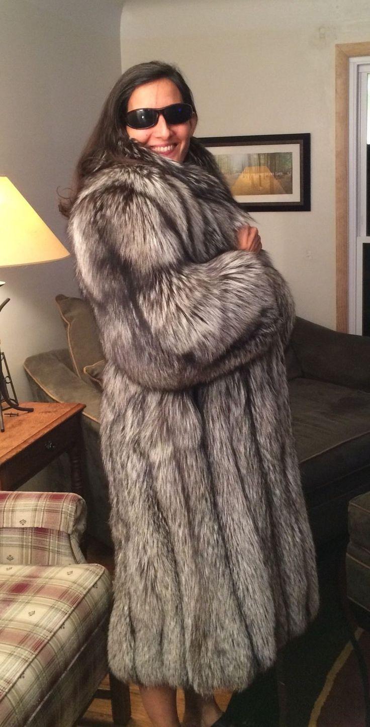 Beautiful Silver Fox Full Length Ladies Fur Coat Fur 9