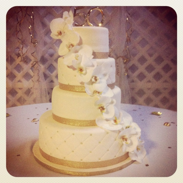24 Best Images About 50th Wedding Anniversary Cakes On