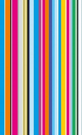 Längsstreifen peppen jeden Raum. Diese bunte, knallige Streiftapete von Vincenzo Sguera wirkt aufregend spannend. Ideal für langweilige Flure oder einzelne Wände im Wohnzimmer. Der frische Farbmix von Grün und Gelb bis Orange, Lila und Blau macht wach.