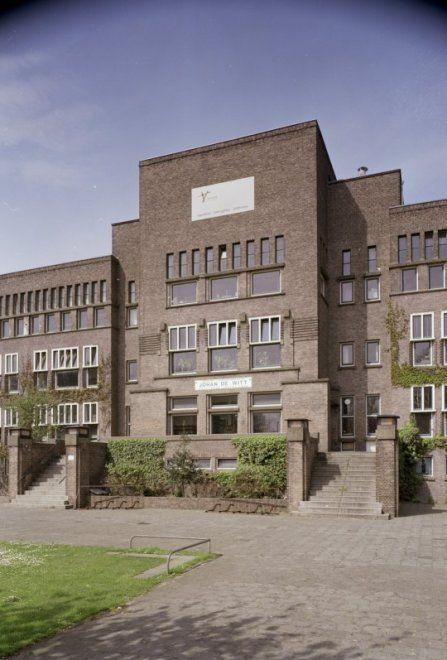 l Den Haag l The Hague, Aronskelkweg l Dalton