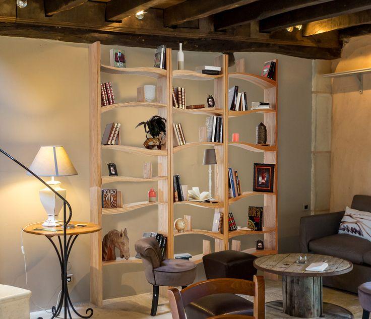 bibliothèque originale et harmonieuse