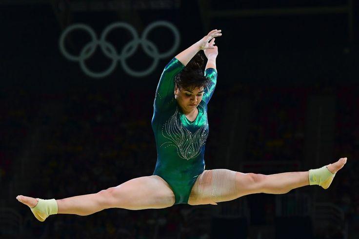 1. Rio 2016, offese al fisico della ginnasta: su Twitter solidarietà all'atleta messicana
