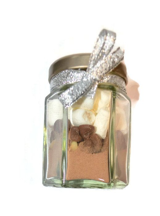 Check out this mini hot chocolate jar just added to my shop, the perfect present to give your guests!