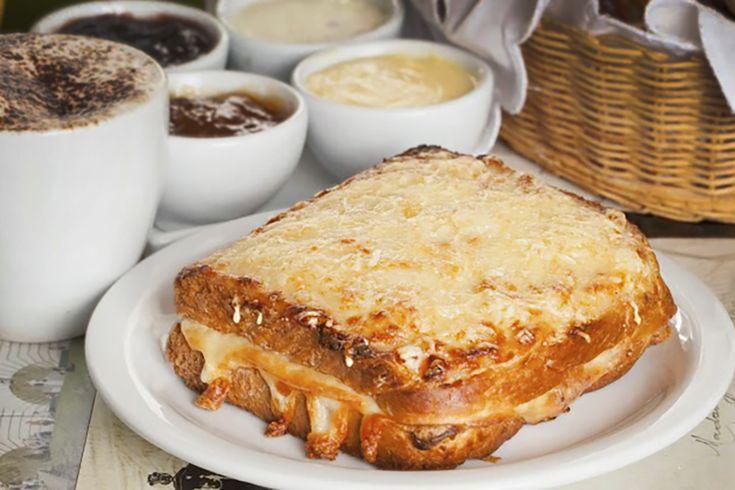 Que tal aproveitar o fim de semana para se deliciar em um brunch com um toque francês? Convide seus amigos e aproveite esta longa e maravilhosa refeição.