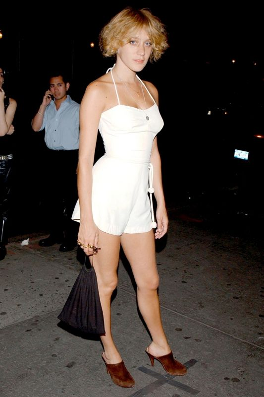 今、改めて注目! クロエ・セヴィニーの90s〜00sルック   FASHION   ファッション   VOGUE GIRL