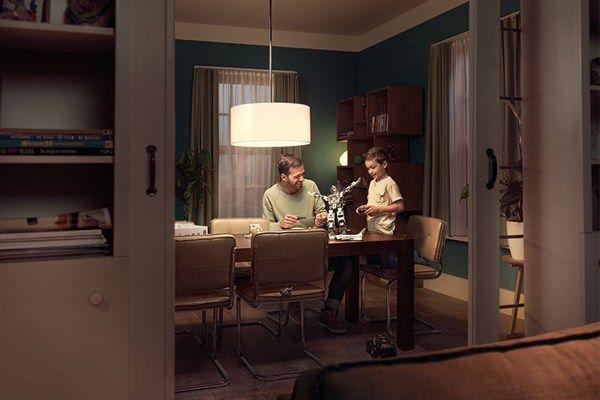 Die Farben der Stoffe, der Wahl in die Dekoration Ihres Hauses Möbel und die Farbe des Lichts ist auch wichtig. Die falsche Beleuchtung kann die Farben in den Raum mit mehrdeutigen oder viel kleiner ist, können Sie zeigen eine große Halle. CarrefourSA, um negative Folgen wie Gesundheit, Leben...