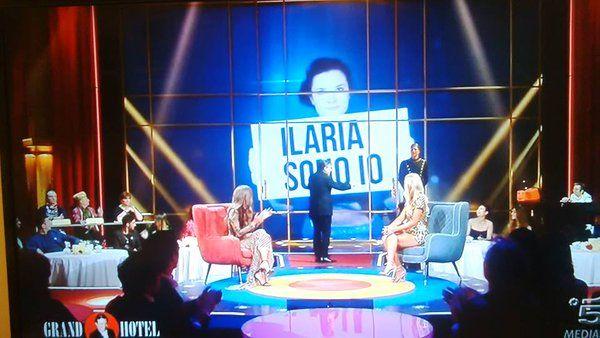 Avete visto la Sirena Ilaria Molinari nelle sue evoluzioni in Y-40 The Deep Joy su Canale 5 da Piero Chiambretti?