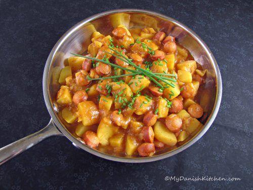 Svensk Pølseret (Hot Dog Stew)