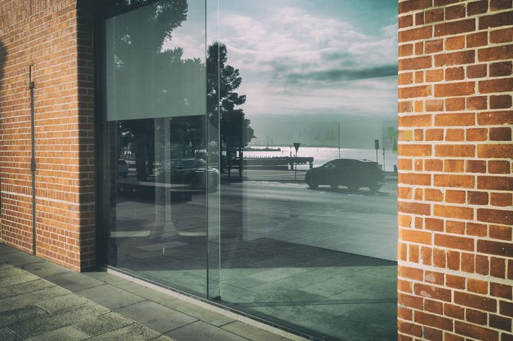 Waterfront Views (2017).  The University location on the waterfront gives fantastic views across Corio Bay. This is the gallery space where I have been lucky enough to have some of my work exhibited.  Geelong, Vic. Australia. Words & Image: © Gary Light (9880, 2017). Creative Commons: (CC BY-NC-ND4.0).  #photography #landscape #travel #art #victoria #australia #walking #geelong