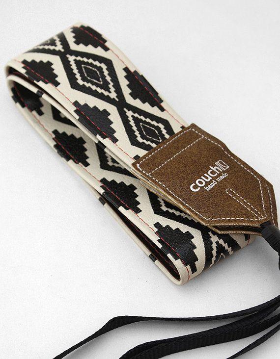 Indianische Navajo Stil Camera Strap  Limited von couchguitarstraps, $36.00