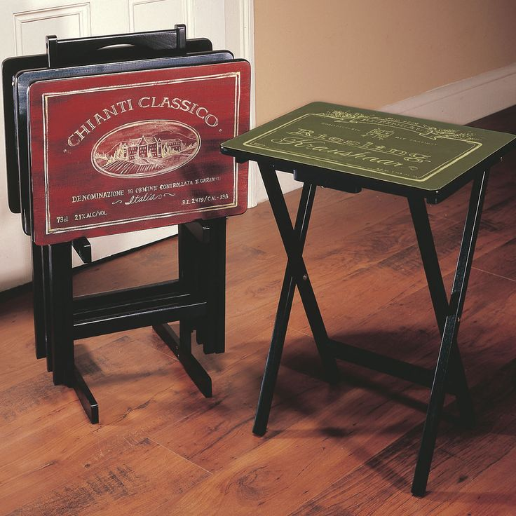 Cape Craftsmen Wines Of The World Wine Label TV Tray Set With Stand (Set Of