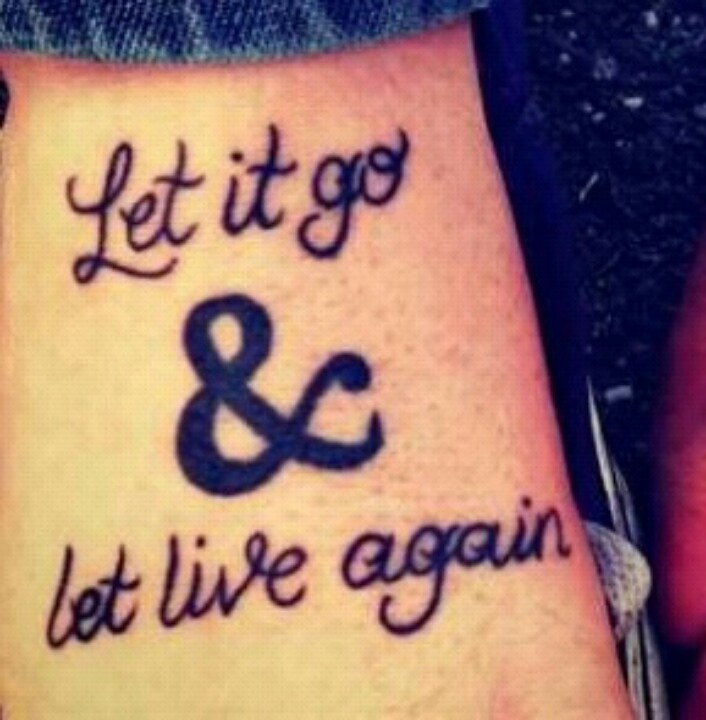 I want this Of Mice & Men tattoo. OH MY GOD. I HAD AN IDEA FOR THIS. AND SOMEONE ACTUALLY HAS IT. NO WAY.