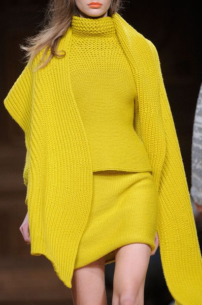Christian Wijnants Fall 2013 - Details Love this colour...just not on me...I'd go green or blue in the same intensity.