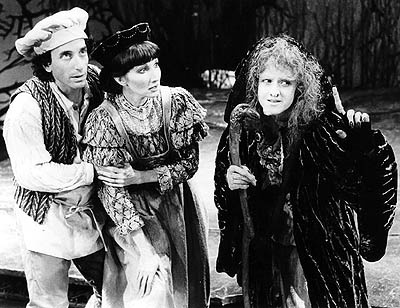 """Chip Zien, Joanna Gleason, Bernadette Peters in """"In To The Woods"""" When I saw this, Bonnie Franklin was the witch... But Chip and Joanna were there."""