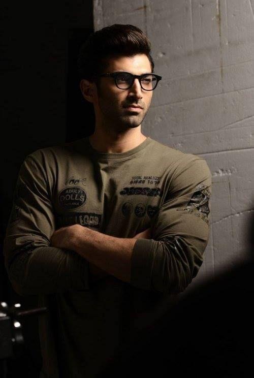 Aditya Roy Kapoor. Those glasses doe