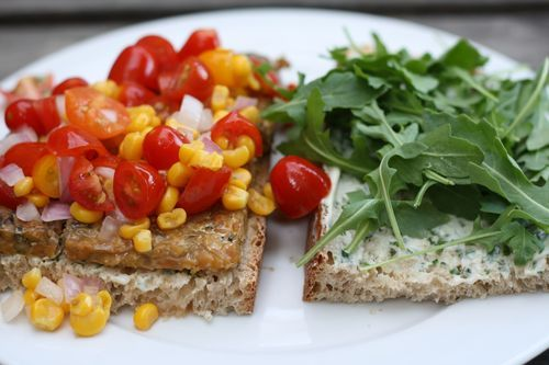 Grilled Tempeh Sandwich