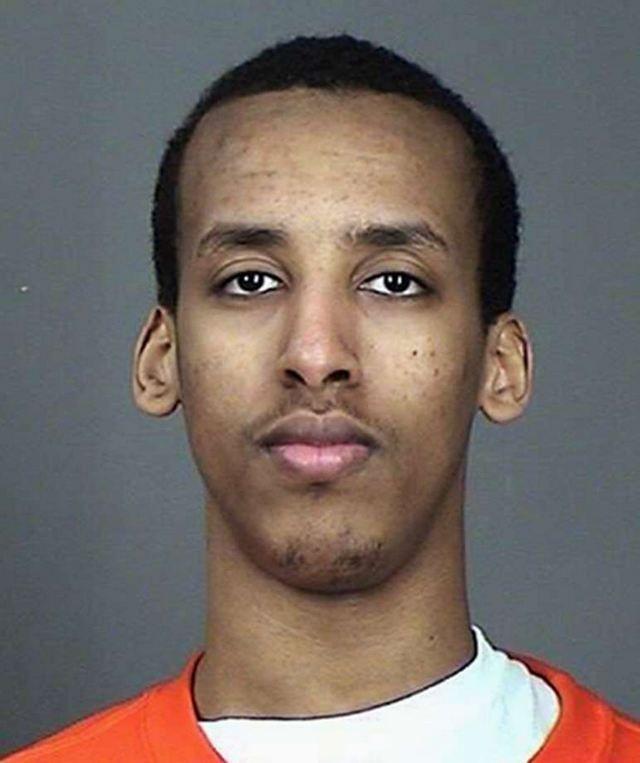 ΗΠΑ: Κάθειρξη 15 ετών σε 21χρονο για απόπειρα ενίσχυσης του ISIS: Ένας Αμερικανός σομαλικής καταγωγής από τη Μινεσότα καταδικάστηκε την…