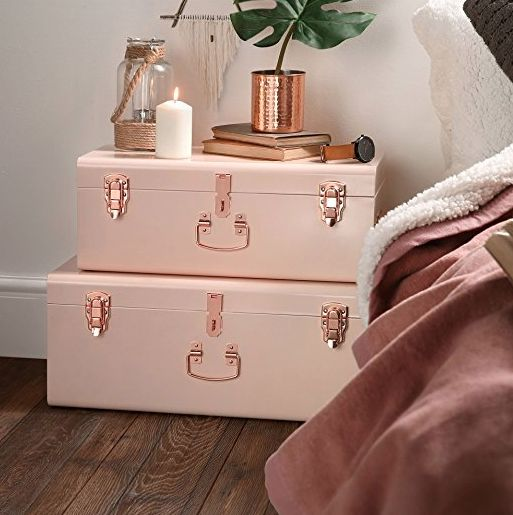 Love these ideas for styling and organising small bedrooms. I have a really small bedroom and it's the bane of my life, but there are some really good tips here. And I want those pink trunks!