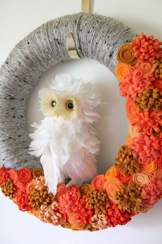 White Owl Wreath Halloween Wreath Yarn and by TheBakersDaughter