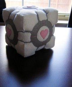 DIY felt companion cube tutorial from jefita.com (Chronicles of Jefita).  I've been needing a pincushion... =)