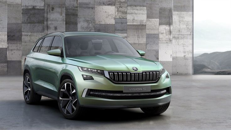 With a 2.79-meter wheelbase, at 4.70 meters long, 1.91 meters wide and 1.68 meters tall, the ŠKODA VisionS makes a bold statement on the road. #VisionS ---> http://goo.gl/ed9yfR  #skoda #sketch #designstudy #conceptcar